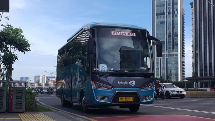 Keuntungan Menggunakan Sewa Bus 60 Seat Jakarta
